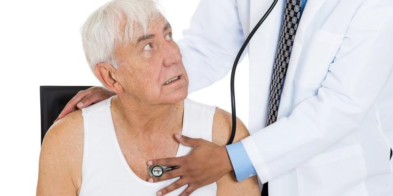 Für alte und/oder kranke Menschen ist eine PKV in der Regel keine Option