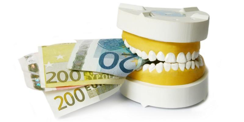 Geld für Zahnersatz